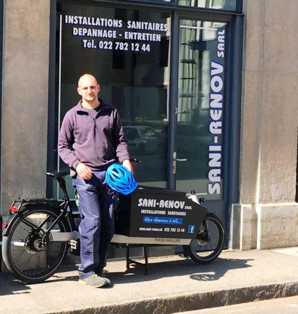 Alexandre le plombier · Sani-Renov - Les Artisans à Vélo, Genève